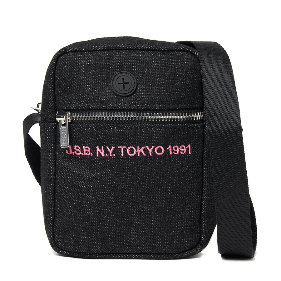 Simple Logo Shoulder Pouch 詳細画像 Black 1